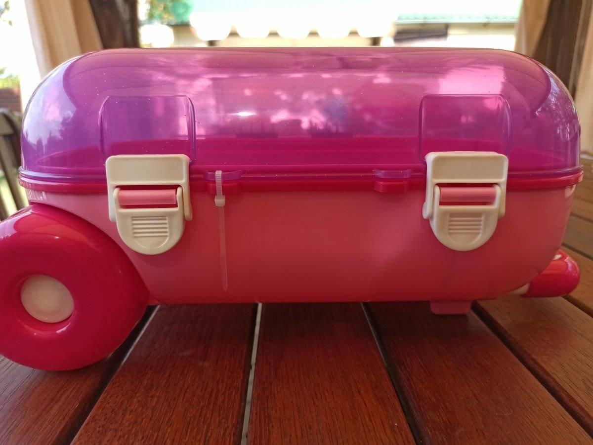 Купить чемодан каталку на колесах для девочки розовый