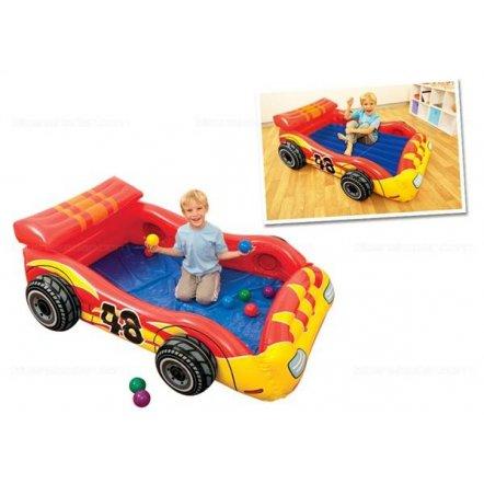 """Игровой надувной центр - кровать """"Машина"""" 48665 с шариками и матрасом"""