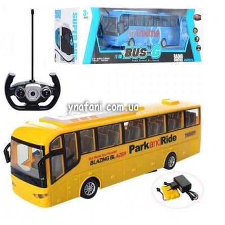 Автобус на радиоуправлении со световыми эффектами 666-78