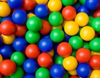 Почему мы рекомендуем купить шарики для сухого бассейна