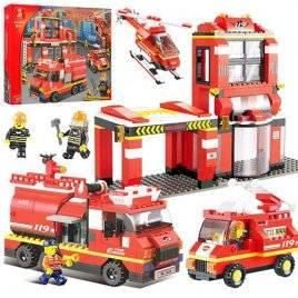 Конструктор Пожарная часть 693 деталь Sluban 0226
