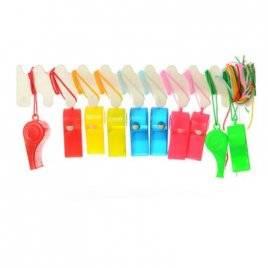 Свисток пластиковый на шнурке 0883