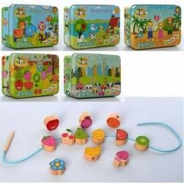 Деревянная игрушка Шнуровка  MD 2565 в металлической коробке